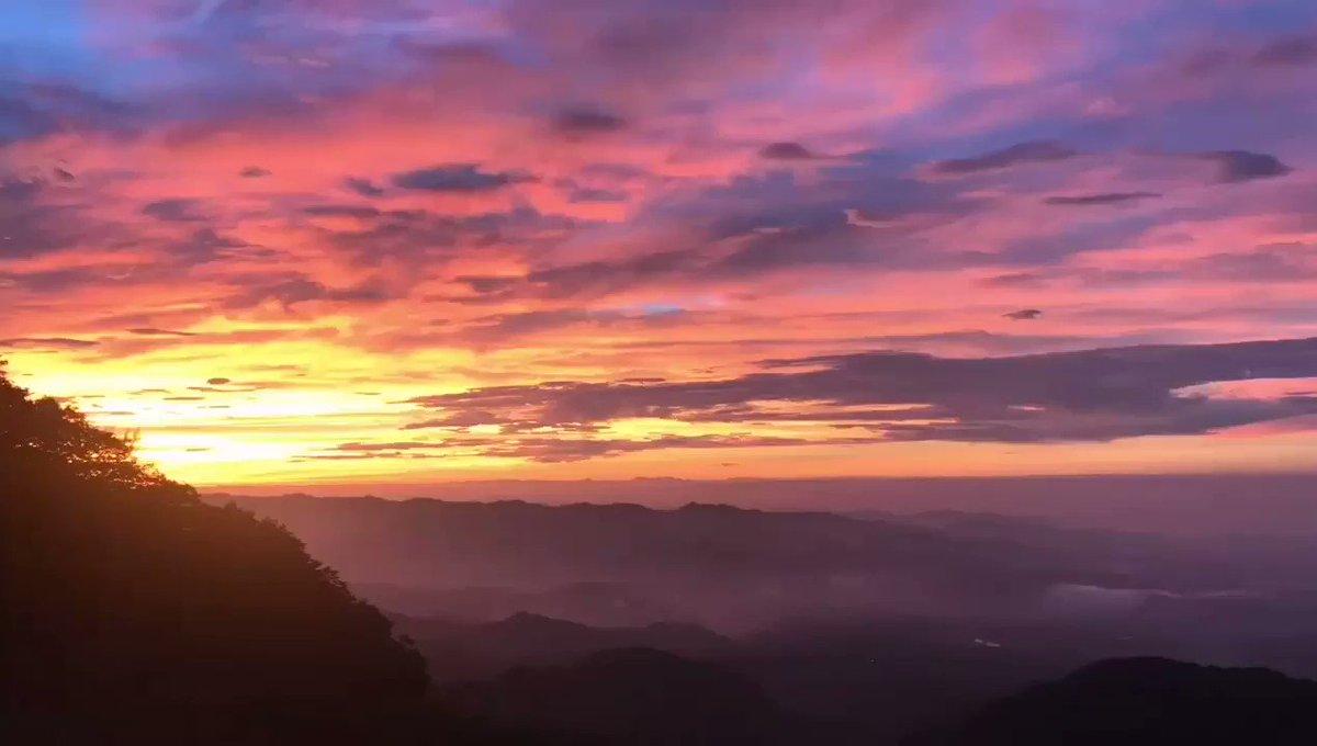 おはようございます前橋は晴れです赤城山朝日のタイムラプス撮影 ほぼ毎朝鳥居峠のF氏9/18