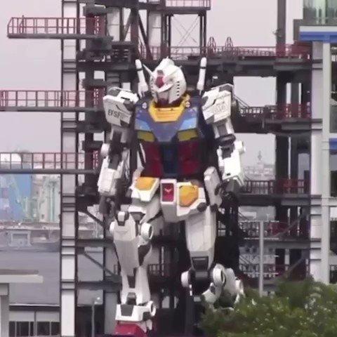 Replying to @ModernNotoriety: Japan finally made a Moving Gundam 😱