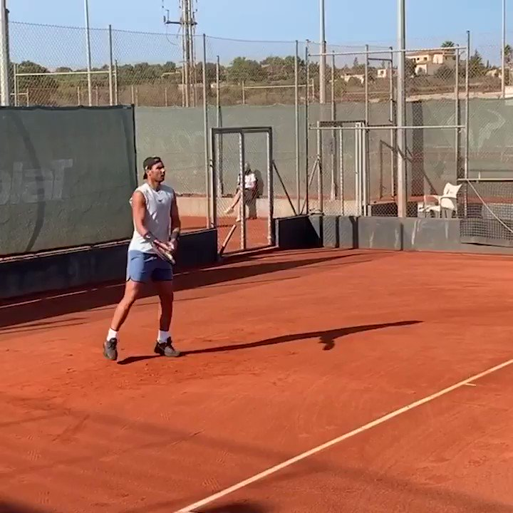 You can't keep a good man down 💪  @RafaelNadal has turned his attention to Paris 🎾  📹: @rnadalacademy (IG) https://t.co/ZG6DmQLyE0