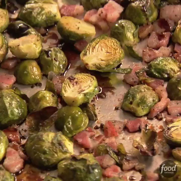 Image for the Tweet beginning: Balsamic-Roasted Brussels Sprouts from @inagarten