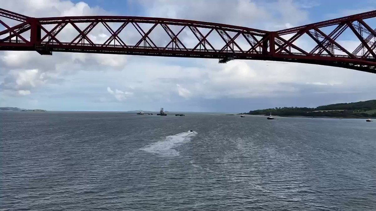 @RFAFortVictoria sailing under the Forth Rail Bridge, outbound after a successful stores on load at DM Crombie #ThursdayMotivation #Scotland @NavyLookout @RFAHeadquarters @RoyalNavy