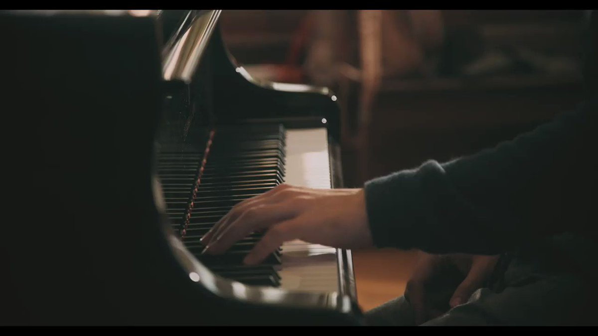 Discover the official music video for @ChamayouB's rendition of Berceuse by Chopin, available now exclusively on Classical Live by @AppleMusic: https://t.co/rM5KuCnIuv https://t.co/bPPWwz0ovz