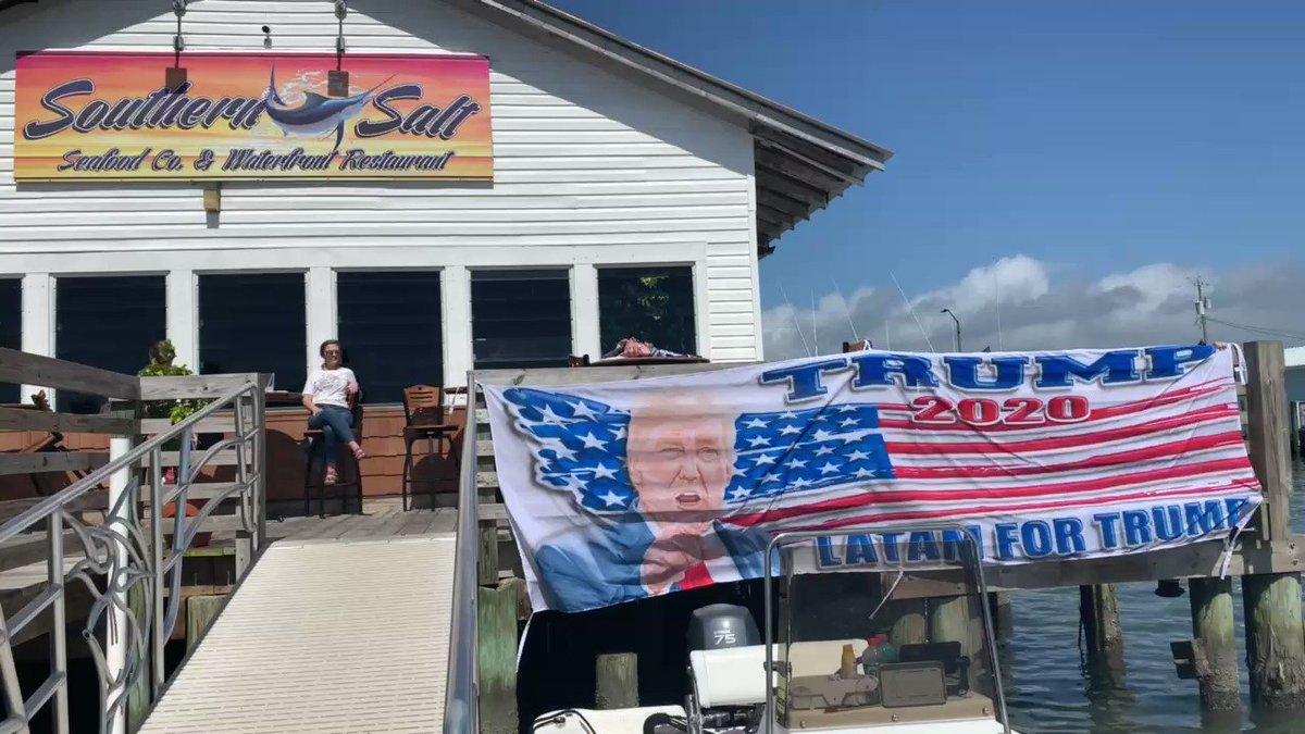 Latam for Trump present at Rally Boat Flotilla in North Carolina. Thank you for everything dear @AmyKremer ❤️🇺🇸 #MAGA @realDonaldTrump @IvankaTrump @DonaldJTrumpJr @kimguilfoyle @PressSec @PressSec @KayaJones @Lrihendry