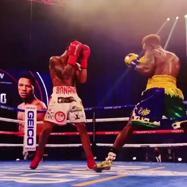 Jermall Charlo retains his WBC Middleweight belt with a UD over Sergiy Derevyanchenko Jermell Charlo is now the unified Light Middleweight Champion with a round 8 brutal KO of Jeison Rosario. . #twincharlo #charlodoubleheader #charlotwins #showtimeboxing #showtimesports