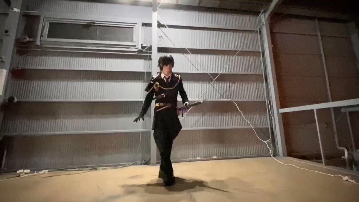 刀剣乱舞のコスプレをしてせっかく趣味で剣舞って文化に触れてるのでちょっとだけ刀振ってみました⚔️教えるからみんな刀振ろ楽しいよーヾ(°∀° )/ー!