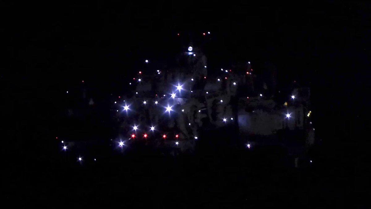 ハセガワのマクロス要塞艦 SDF-1です。劇場版「愛・おぼえていますか」の、オープニングのイメージで電飾を加えました動画でアップしますので、ぜひご覧下さい(^^)/