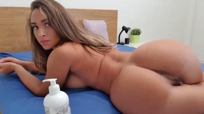 Thank you for buying! pleasing my sexy body https://t.co/0AkP0sY8Jc #MVSales https://t.co/qXmplBzJNI