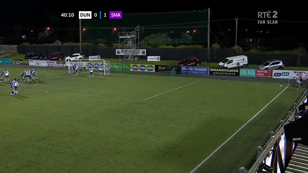 An own goal doubled Shamrock Rovers' lead shortly after #RTESoccer #WatchLOI