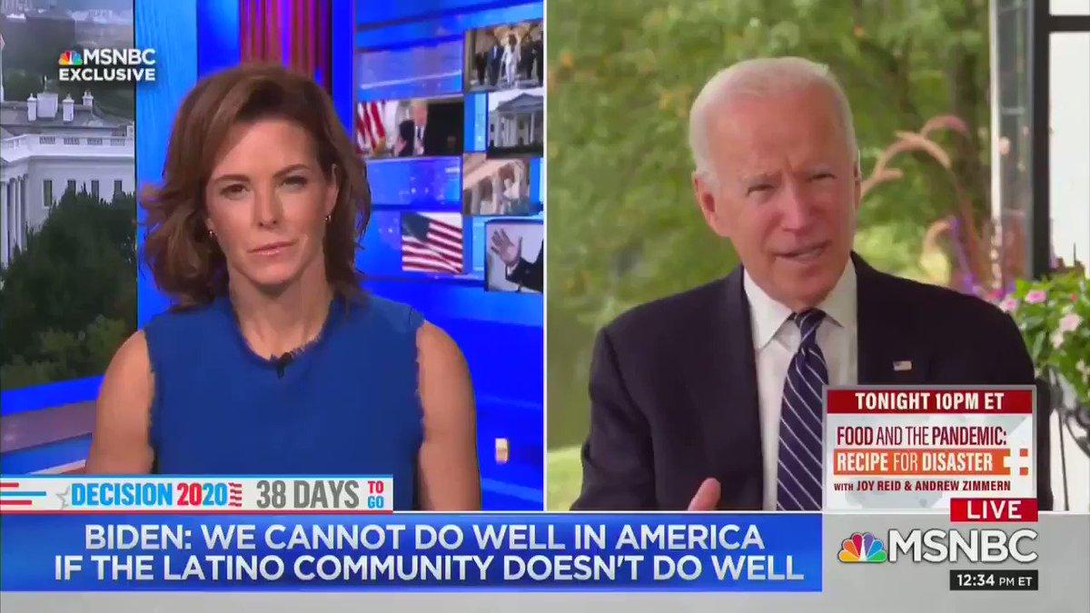 Watch MSNBC spoon-feed Biden a line after he has an epic brain freeze 🥶 https://t.co/VumTEf1iD0 https://t.co/idMkdKNCRn