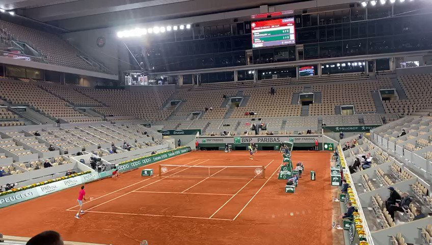 Where we all want to be right now!!  @rolandgarros #tennis #allez #LetsGo #vamos https://t.co/CepLfwuDZO