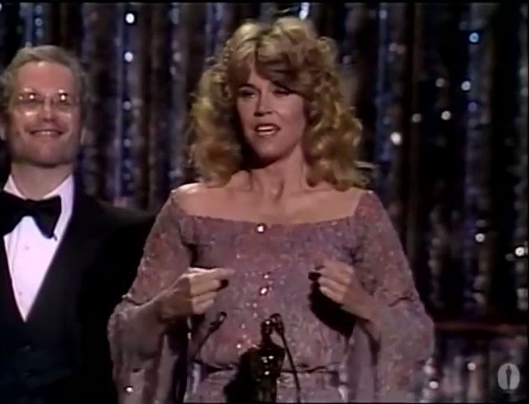 never forget when jane fonda signed her best actress acceptance speech for the 1979 oscars because the academy wouldn't offer closed captions #goldenglobes