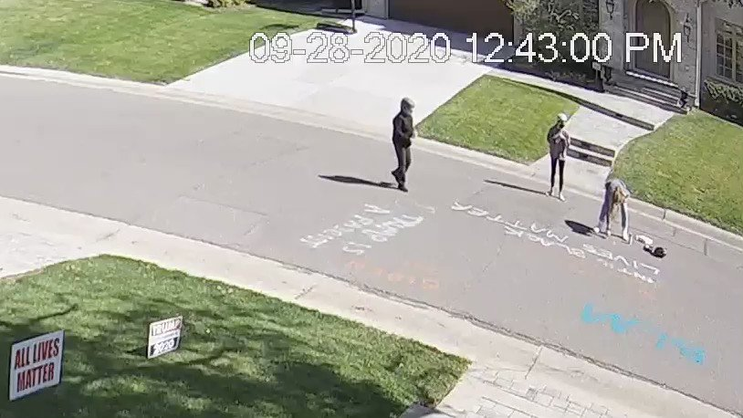 Spoiled white girls in one of Denver's wealthiest enclaves deface the streets for BLM in front of a family's lone Trump-supporting home. This was probably a public school homework assignment for their Anti-Racism and Antifa Training 101 class.