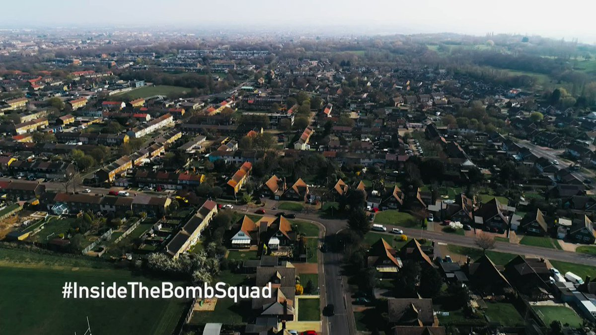 Unexploded World War 2 mortars? All in a day's work for these soldiers. Watch the last episode of Inside the Bomb Squad on Monday night at 8pm, Channel 4. Read more 👉 ow.ly/RPQV50BHEeB. Its the final countdown! ⌛
