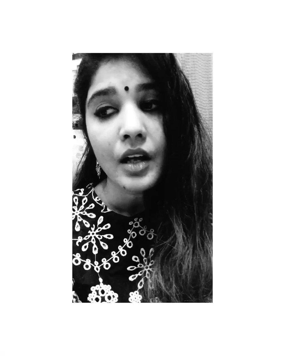 Heartbreak never felt this beautiful!! What a soothing melody sung in the gorgeous voices of @ParineetiChopra and #sonunigam #maanakehumyaarnahin 🥀🍁 @ayushmannk @SachinJigarLive @MeriPyaariBindu #ParineetiChopra #AyushmannKhurrana