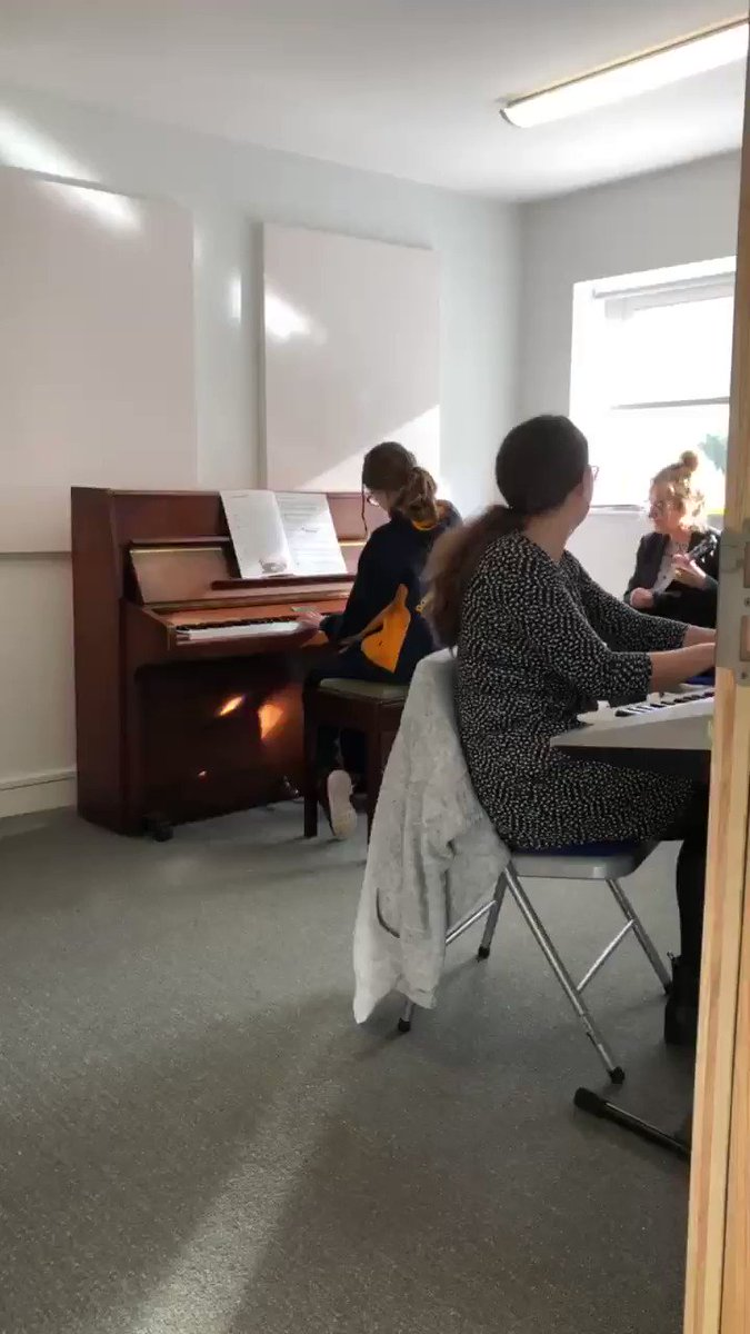 Some wonderful music can be heard from @RGSDodderhillS1 today! 🎹🎼🤩  #Worcesterisgreen #Droitwichisgold #Schoolmusic