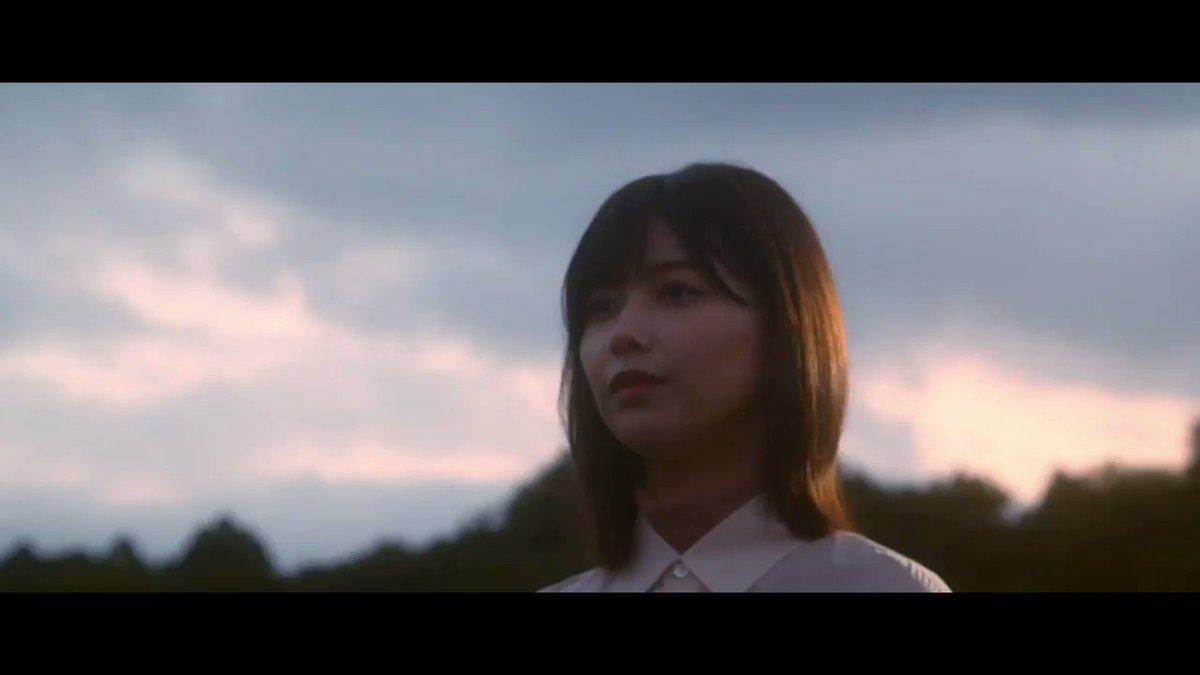 未来には愛しかない (空はやがて晴れるんだ) 悲しみなんてその時の空模様 涙に色があったら (人はもっとやさしくなる)  #欅坂46 #世界には愛しかない #永遠より長い一瞬 keyakizaka46.com/s/k46o/page/be…