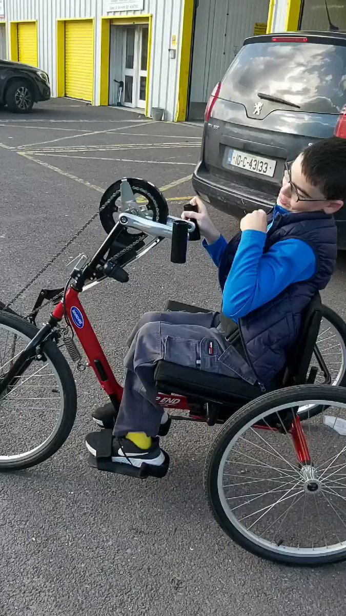 The smiles when you master stopping and starting @CorkSports Handcycle on your first go! 🥰  ℹ https://t.co/BULsu0V7f1  #KeepCorkActive #CorkSportsAbility  #ActiveCorkOutdoors  @sportireland @CaraCentre_ie @IWASport @CorkCyclingCrew @CyclingIreland @CorkBikeWeek @ParalympicsIRE https://t.co/dBdhrREvaT