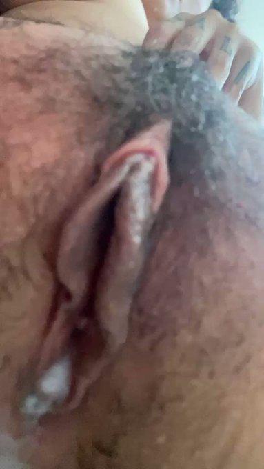 Que rico lo que se ve en mi OF Quieres ver mis videos porno?  Aquí 👉🏻https://t.co/a0vyc02HkB https://t