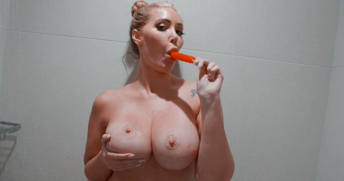 Wanna see me suck something else than a popsicle?  😈💦🔞🔞🔞🔞head over to my XXX 👉 https://t.co/fnG3ykfLLB