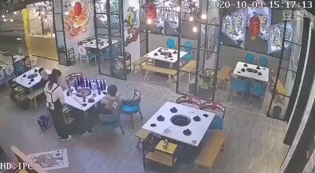 とある中華料理店にて…まるでカンフー映画