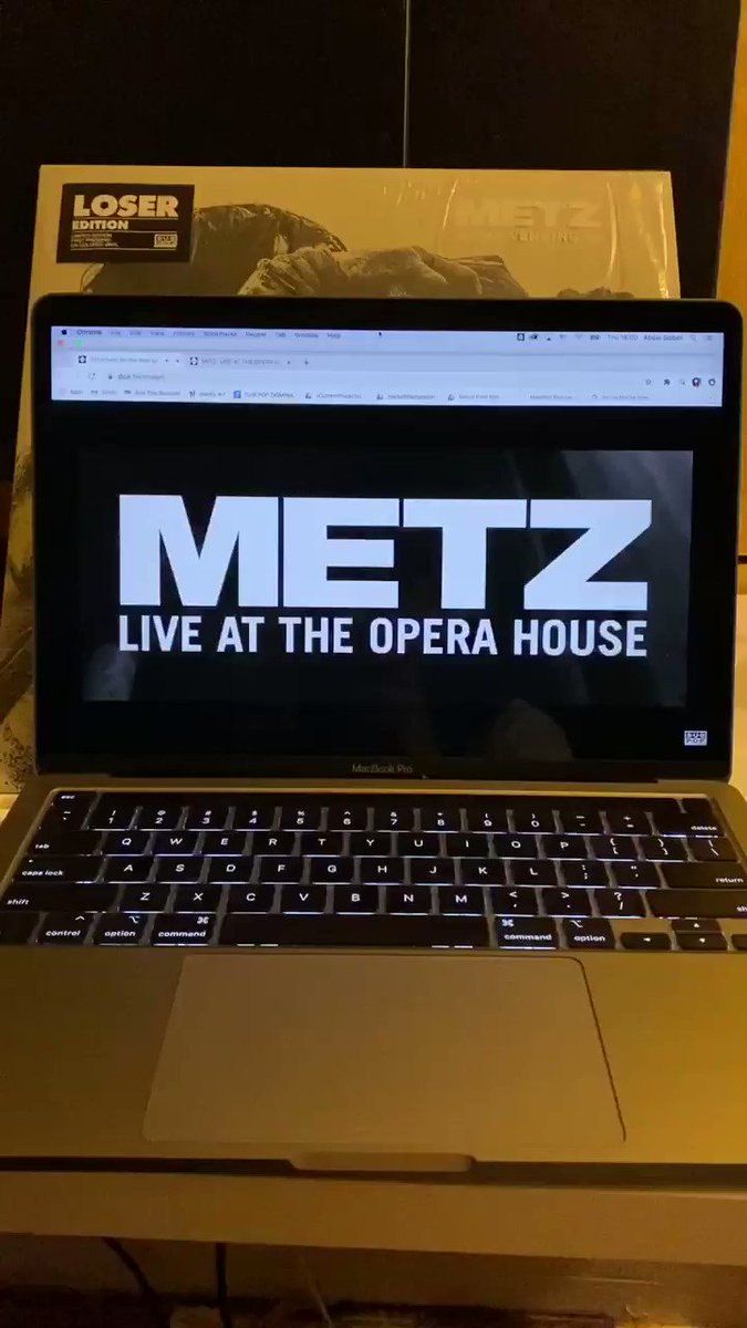 THE TIME IS NOW! @METZtheband LIVE AT THE OPERA HOUSE 🔥