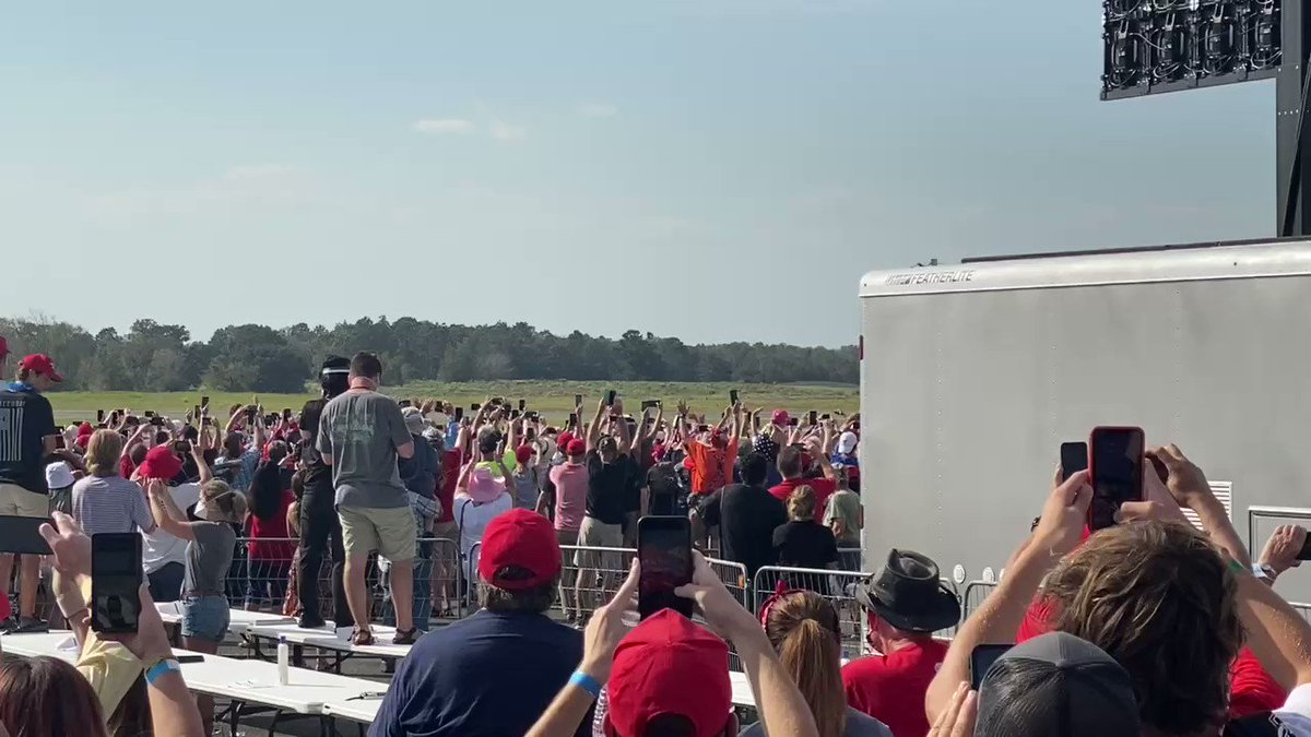 Great time this afternoon!! Thank You @realDonaldTrump for visiting Ocala!!! We love you !!!