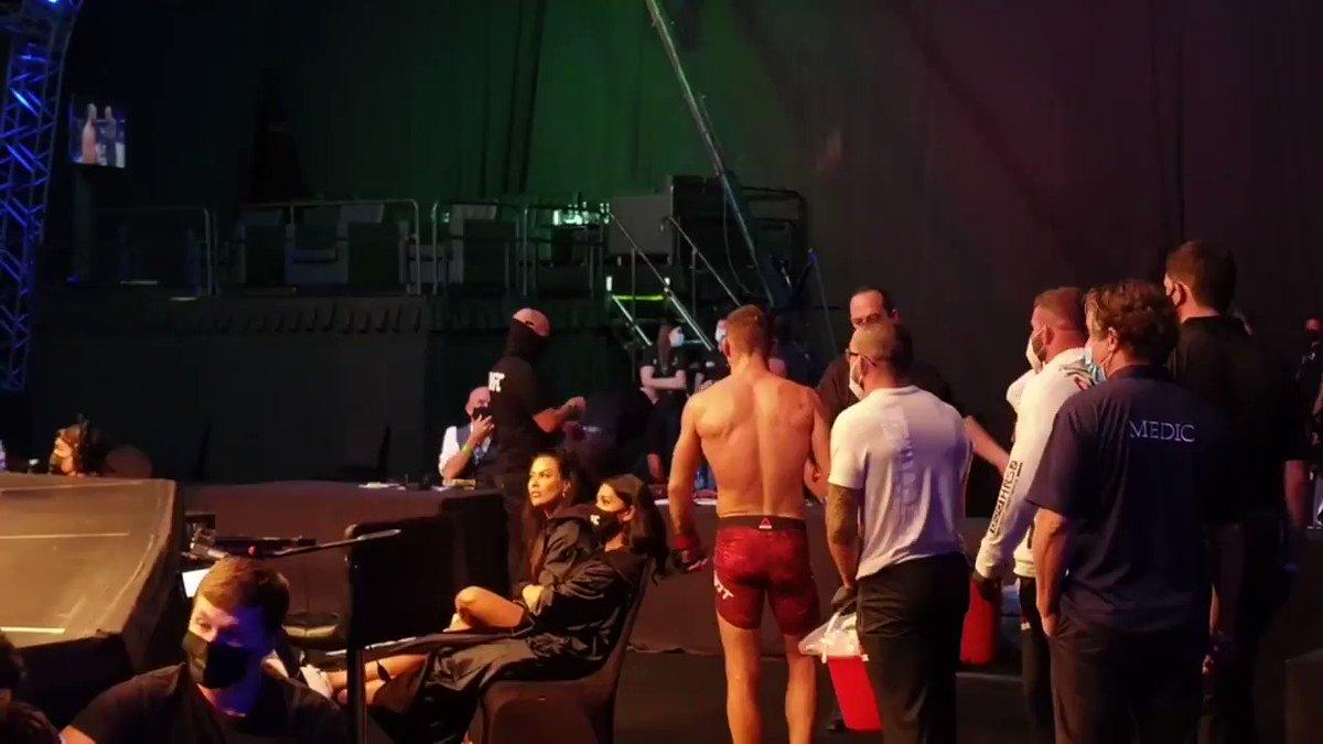 @FullContactMTWF's photo on #UFCFightIsland6