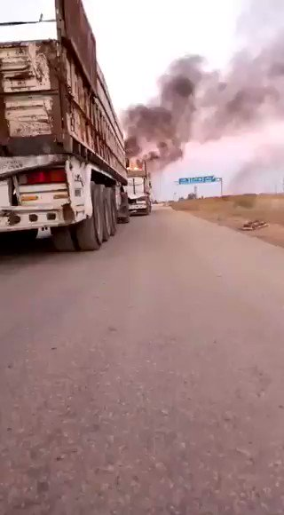#BREAKING Sources say that these trucks were on their way to evacuate the Turkish army #TSK from the points located in the areas of the Assad regime in #Idlib #Assad regime targeted it