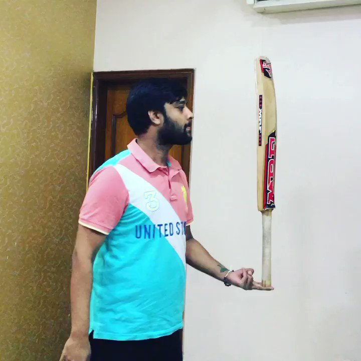 @CEATtyres @CEATtyres   My all time favourite Bat , Hit so many runs and today I need to handle it balance. I hope I did justice with it.   Yet have MRF bat now looking for something call known brand #CEAT  Wish to Win   #CEATBalanceTheBatChallenge #CEATTyreStrategicTimeout #Dream11IPL