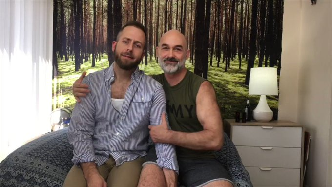 UPLOADED TODAY! Daddy BareBack: Daddy and @joelsomeone1 playfully FUCK and explore each other for the