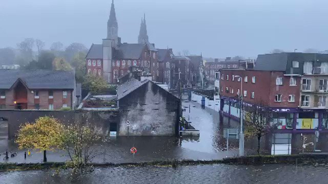 #CorkFloods Some more footage of the flooding in Cork City Centre this morning. https://t.co/Kyb9OHtgte