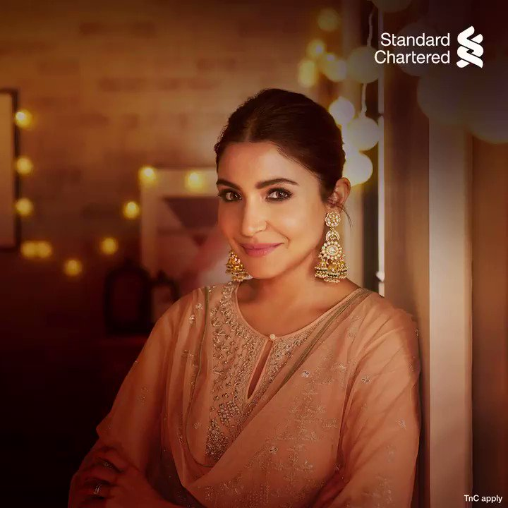 Make this festive season extra special for you and your loved ones. Use your @StanChartIN cards and get instant discounts, cashbacks and rewards. Enjoy the #FestivalOfYou! Learn more at   #FestiveSeason #StandardChartered