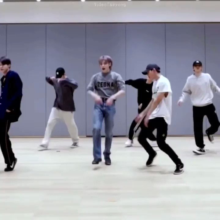 a cut of taeyong parts that i love from 'make a wish' dance practice #TAEYONG #태용 FOCUS
