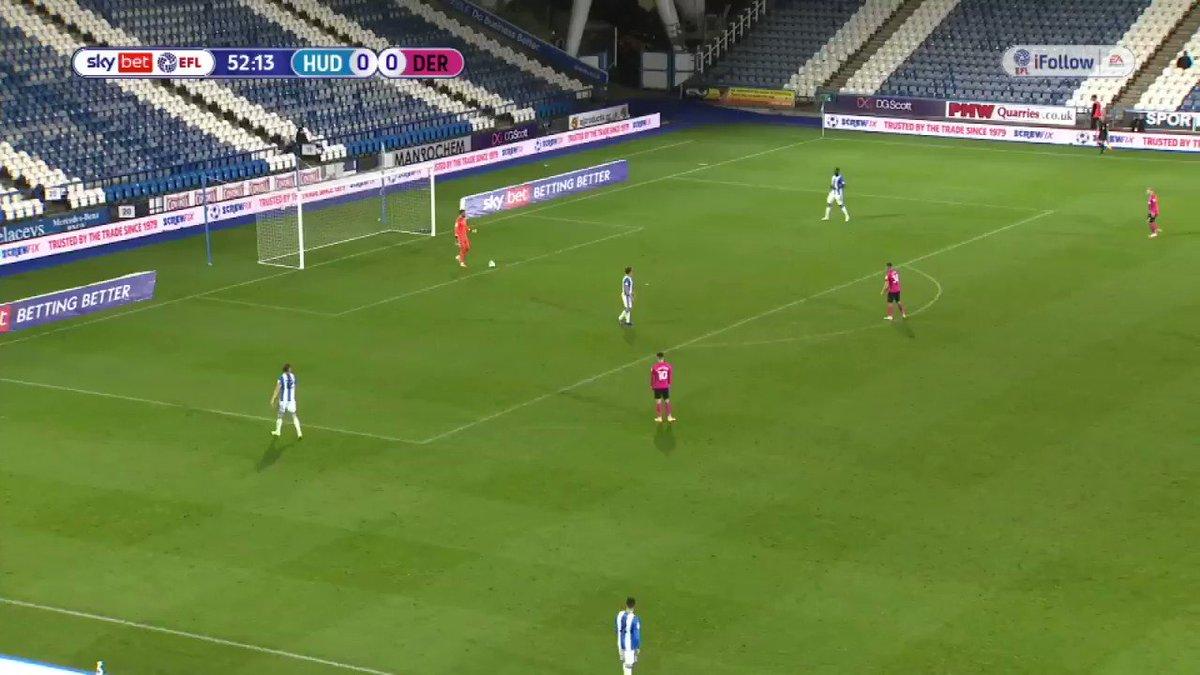 Marcelo Bielsa's blueprint more than obvious in Huddersfield's goal against Derby last night.   Carlos Corberan - future Leeds manager?  #lufc #alaw #mot #hcafc ⚪️🟡🔵