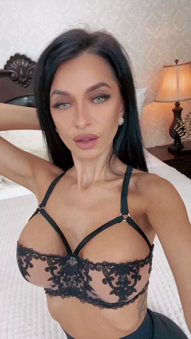 Join me. Let's be together everyday - new #offer - 50% off -> 5💲for 30 days total- ❣️https://t.co/FFCQMGOVaa❣️Don't
