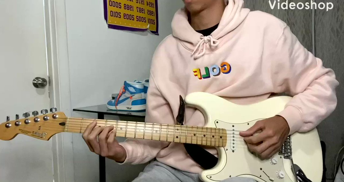 here's a relaxing guitar video