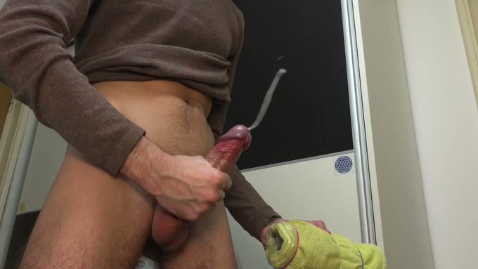 Cumming a big load with a homemade fleshlight 😩🍆💦  ⭐️https://t.co/FXFY5WJCRI⭐️<-- Hottest exclusive content