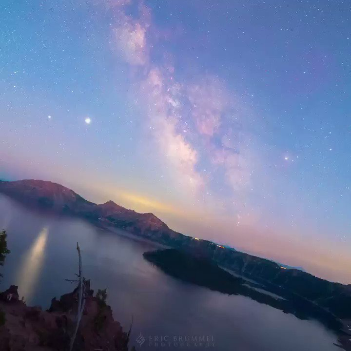 Here's another stabilized sky timelapse, this time at Crater Lake, Oregon. The water was still for most of it, which created a nice mirror for the stars. I also got my astro-modified camera working, which provides more vibrancy in the nebulae in the Milky Way. #EppurSiMuove