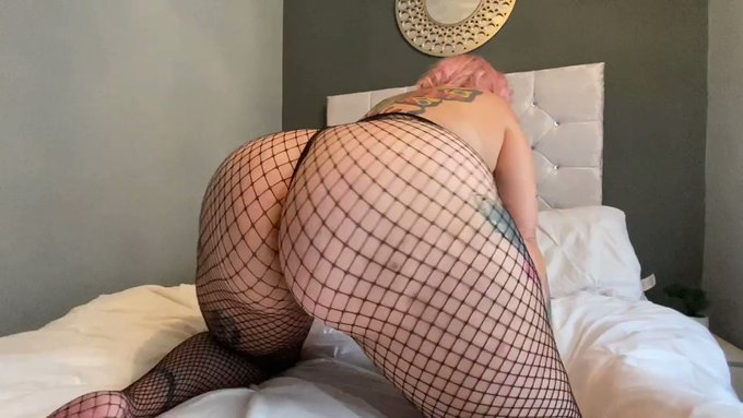 JOIN MY EXCLUSIVE ❤️ONLYFANS❤️  Over 450 videos and 3000 photos  HUGE ASS BIG BOOBS MILF SEX STOCKINGS LYCRA