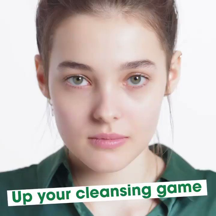 Cleansing is caring when it comes to our Moisturising Facial Wash 💚 Packed with kind-to-skin multi-vitamins, your skin is left feeling clean, comforted and hella healthy 🌱 Tried it yet? Tell us what you think below! 🗣 #sensitiveskin #selfcare #kindtoskin #cleanbeauty
