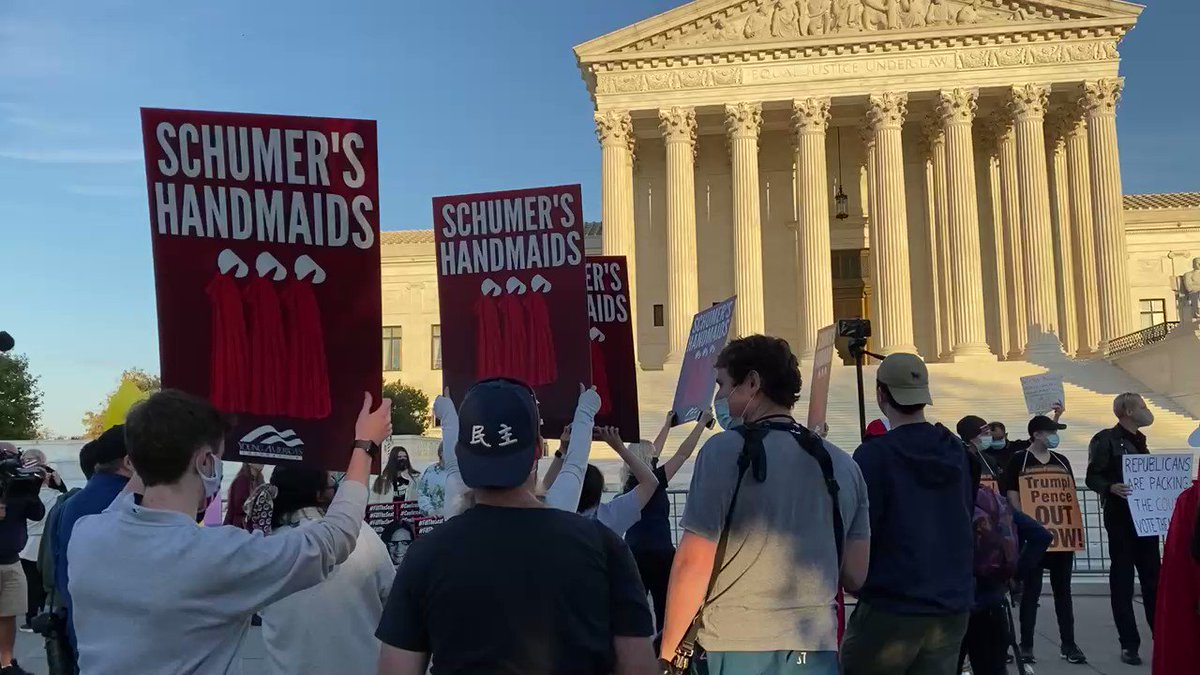 .@YAF is back at SCOTUS and we have some new signs.   #ConfirmAmy #FillTheSeat https://t.co/AWlLWrDBHd