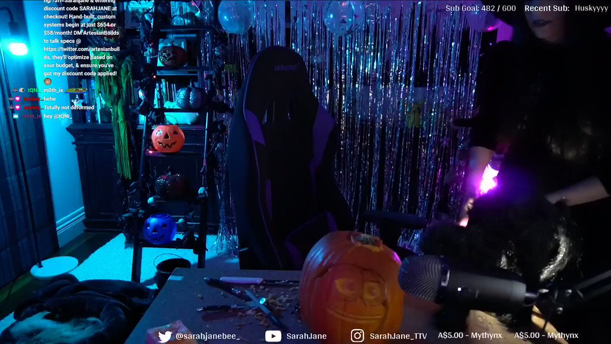 SarahJane - THAT WAS THE MOST ENJOYABLE STREAM EVER!! 😍  Holy moly going to miss you all so much while I'm moving. Thank you soo much everyone for your support it's actually insane. We will be creating a highlights video for this soon!  Pls enjoy the YEP pumpkin that we created on stream 🎃