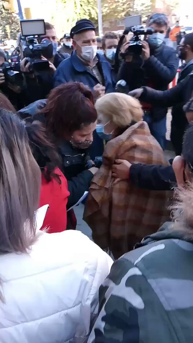 The #eviction of a family with a 82 years old woman and small children was stopped today in #Fuenlabrada, #Madrid. Solidarity of the neighbors works. ✊ #MariaTeresaSeQueda #StopEvictions