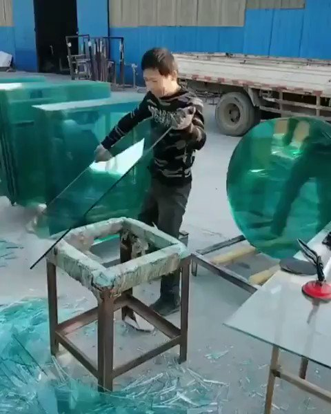 Glass cutting ✂️