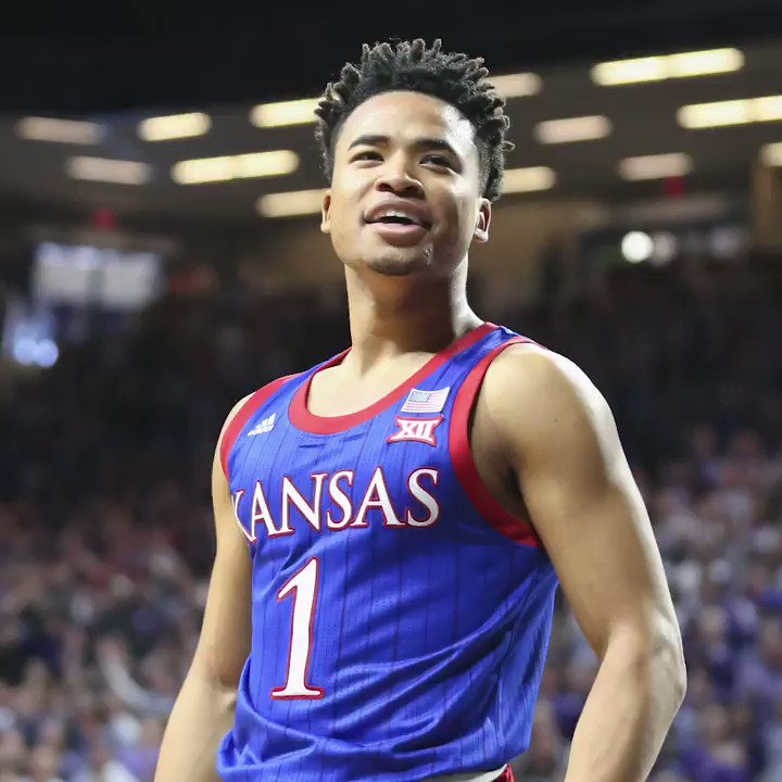 Kansas guard Devon Dotson posted big numbers at the NBA Draft combine, including a 40.5-inch vertical jump, per @DraftExpress.   Dotson could be a sleeper in this year's draft 👀 https://t.co/eRm2OcZspt