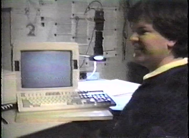 A demo from 1993 of 32-year-old Yann LeCun showing off the worlds first convolutional network for text recognition. #tbt #ML #neuralnetworks #CNNs #MachineLearning