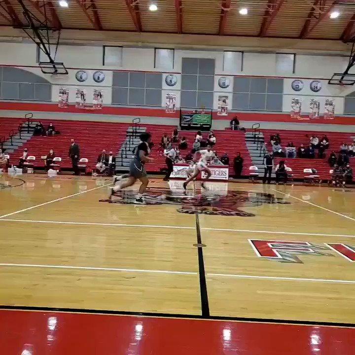 . Welcome to #Highschool #TaliaHarris   1st baskets, 1st ast in the book!!  #FishersHS @TeamTeagueindy  #FinishYourBreakfast  #Indiana #IHSSA #FemaleAthlete #TyHarrisLilSis #Reverse52 #RecoverAndRise #TheOnlyWayIsThrough #TheProcessContinues #UnitedSisterhood  @UAbasketball