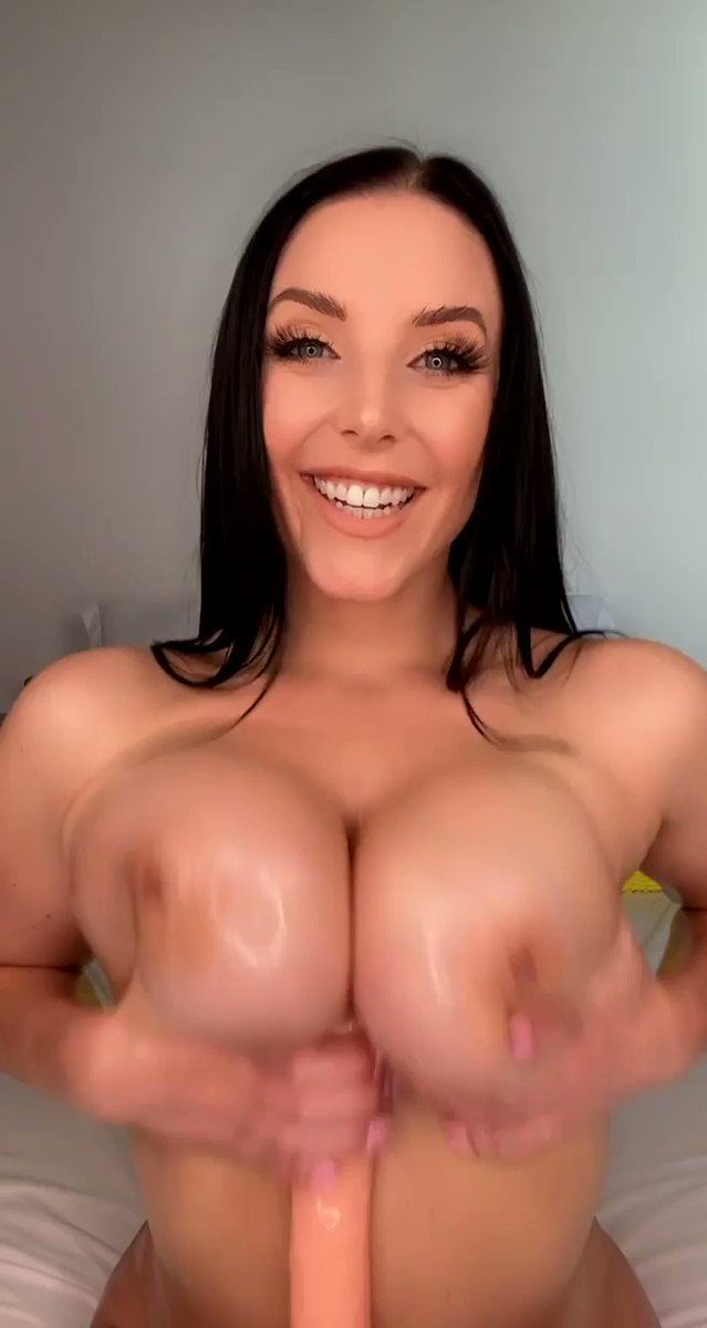 Service with a smile 😊 👉🏻 onlyfans.com/angelawhite