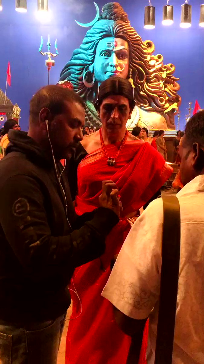 Finishing touches being added by the man himself, my director @offl_Lawrence who's been my constant guide throughout this journey of #Laxmii 🙏🏻 Now it's over to you guys, #LaxmiiStreamingToday from 7.05 pm only on @DisneyplusHSVIP