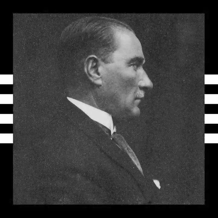 Büyük Önder Mustafa Kemal Atatürk'ü büyük bir sevgi ve özlemle anıyoruz. #10Kasım https://t.co/0dMJGMKSRP